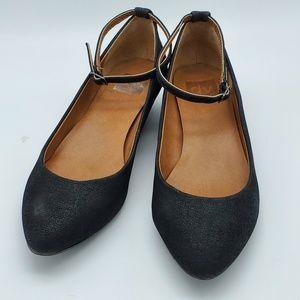 Dolce Vita Black Ankle-Strap Wedges